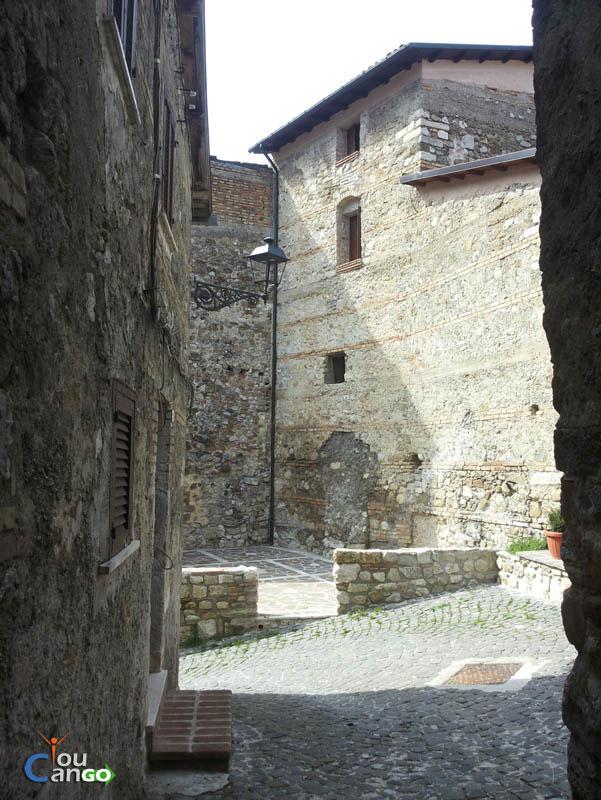 Castellafiume51