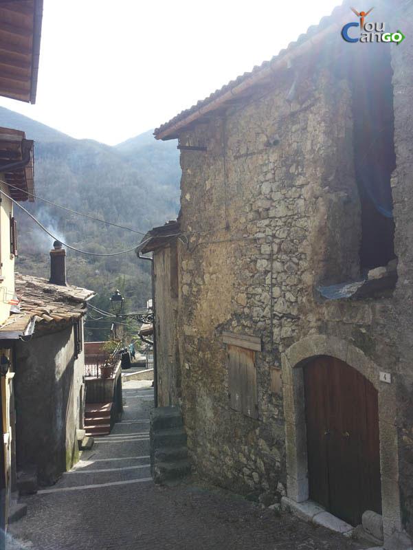 Castellafiume26