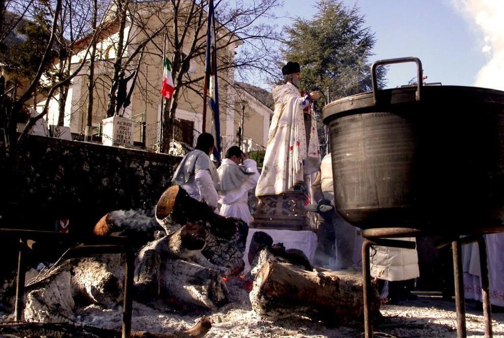 Festeggiamenti in Onore di Sant'Antonio a Villavallelonga