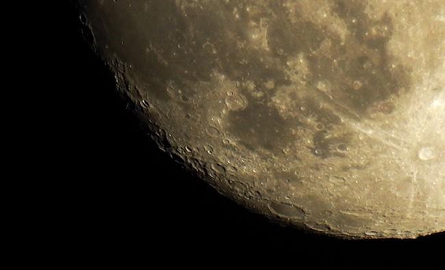 Ciaspolata in una notte di luna piena