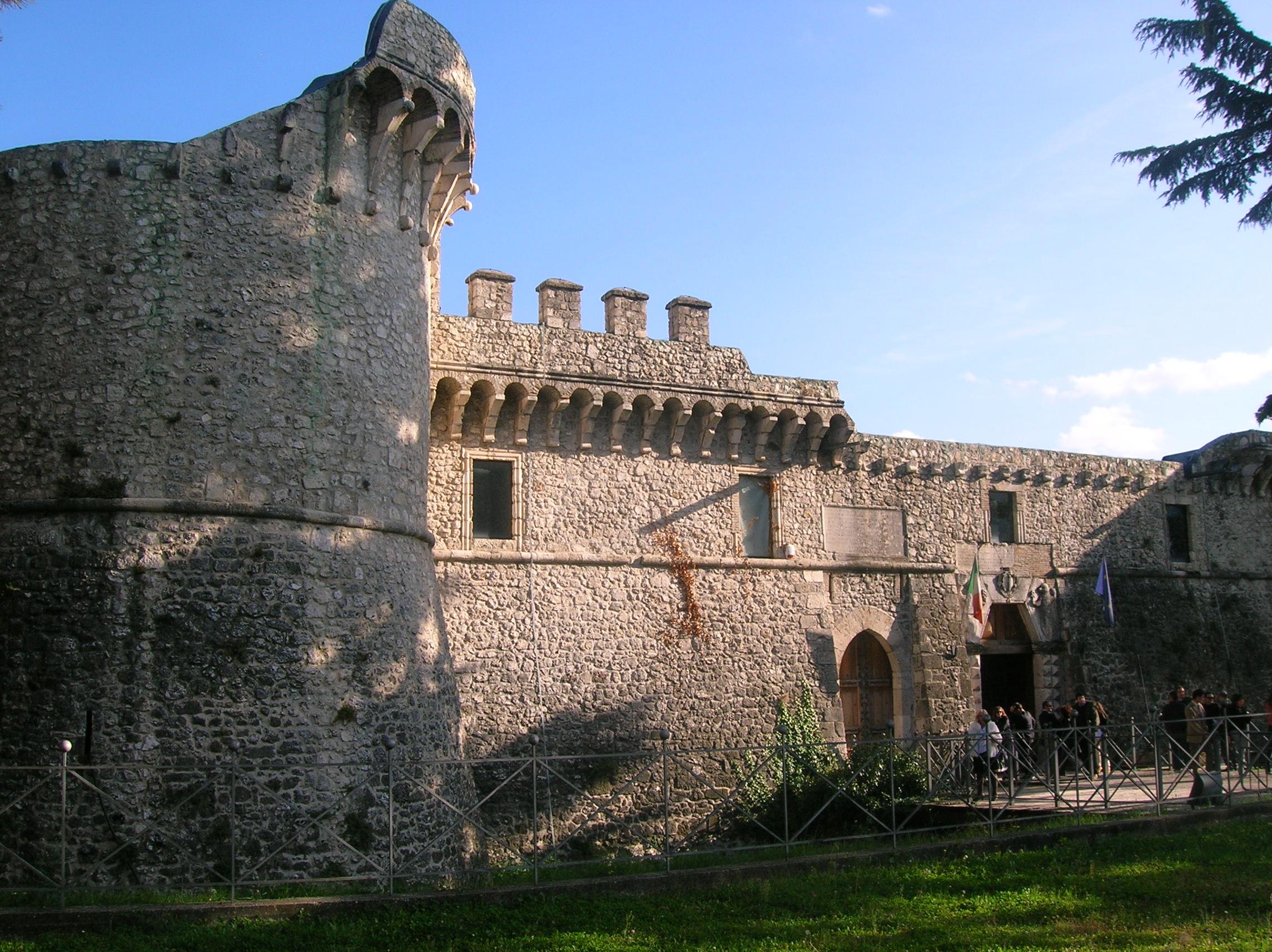 Commedia 'La Fame' al Castello Orsini di Avezzano