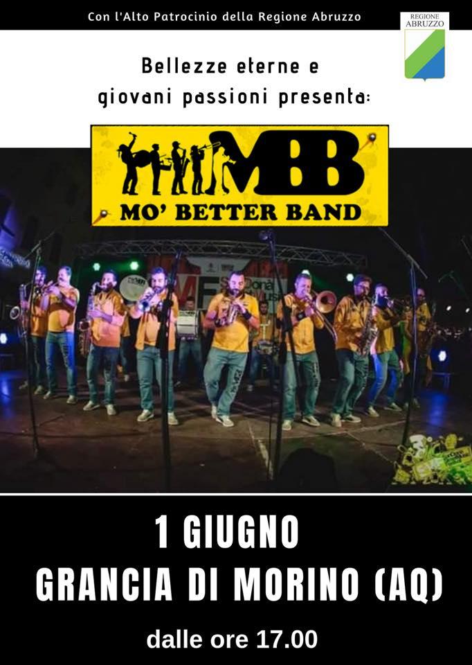 Esibizione del gruppo 'mo better band' a Grancia di Morino