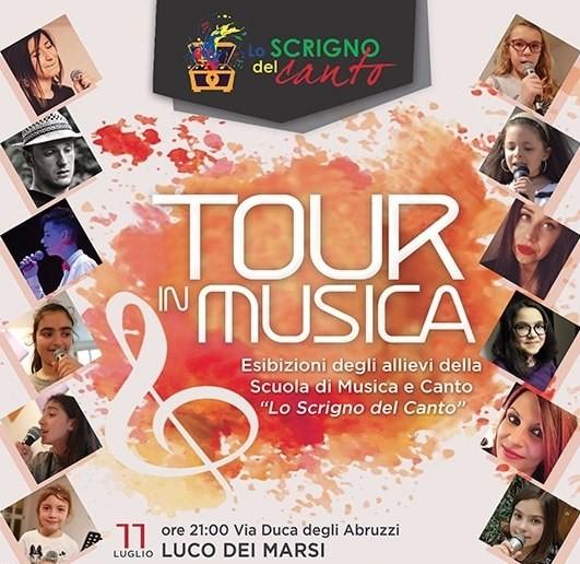 'Tour in musica', esibizione  della scuola di canto 'lo scrigno del canto' a Luco Dei Marsi