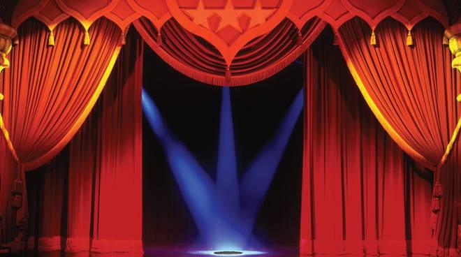 Spettacolo teatrale 'Se ne ette furastiera' (Casteglio Avignone, andata e ritorrno) a Castellafiume