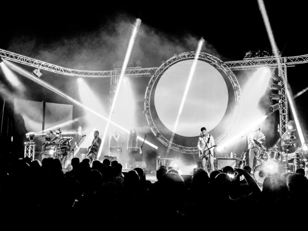 'The Wall' revival dei Pink Floyd al Teatro dei Marsi di Avezzano