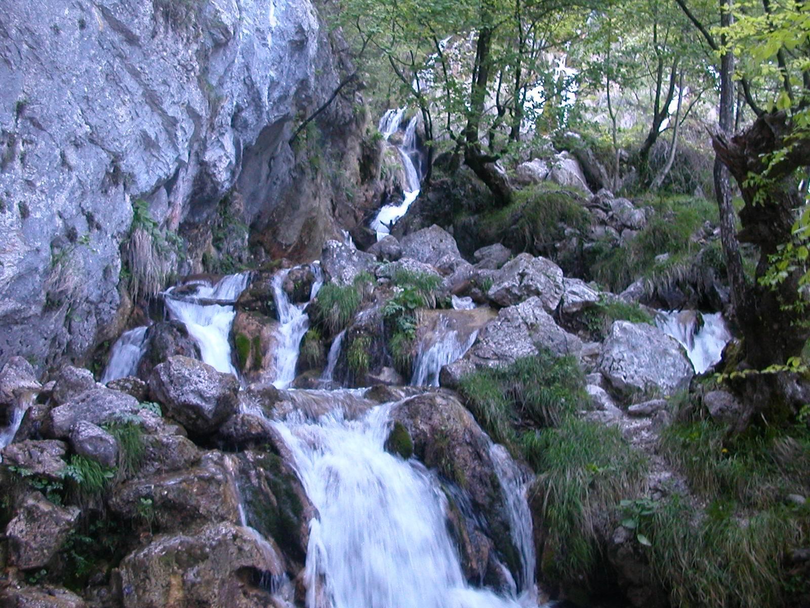 Escursione presso la Riserva Naturale Zompo Lo Schioppo